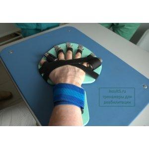 Тренажер-фиксатор пальцев руки после инсульта